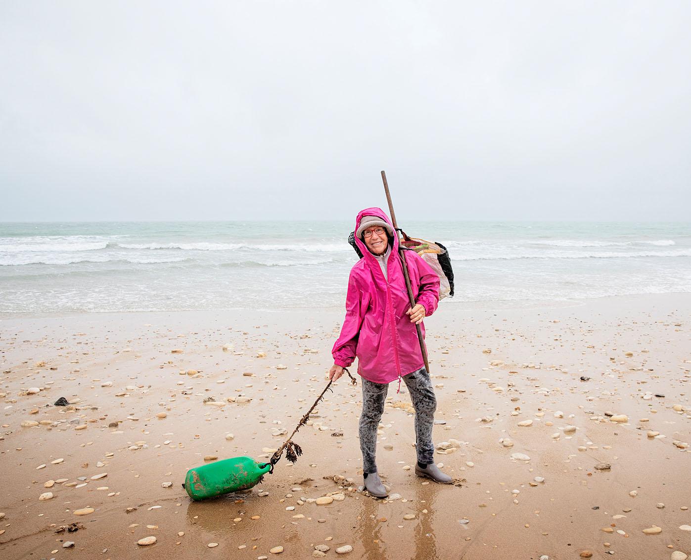 Véronique sur la plage du Peu Ragot de l'île de Ré pour Pèlerin