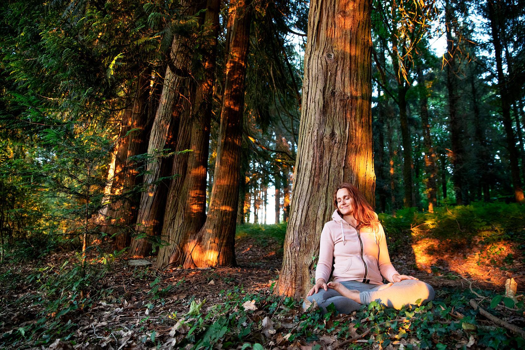 Peggy Ménager créatrice du YogiWalkie. Le Yoga dans les bois du Pays de Redon.